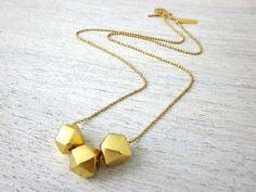 Collier perles à facettes