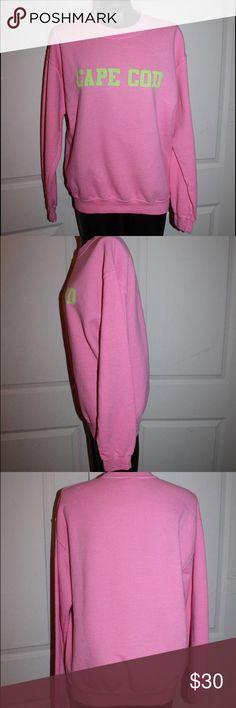 """CAPE COD"" CREWNECK SOFTEST SWEATSHIRT EVER! ""CAPE COD""  GILDAN HEAVY BLEND PINK AND NEON GREEN CREWNECK COTTON BLEND SOFTEST SWEATSHIRT EVER!!!  Primary color: Pink Secondary color: Green Materials: cotton, polyester Gildan Sweaters Crew & Scoop Necks"