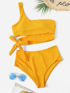 To find out about the One Shoulder Top With High Waist Bikini Set at SHEIN, part of our latest Bikinis ready to shop online today! Bikini Modells, Cut Out Bikini, High Leg Bikini, Pink Bikini, Bandeau Swimsuit, Bikini Bottoms, One Shoulder Bikini, One Shoulder Tops, Bikini Set Sale