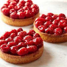 The food that tempts me the most, Tarts! Galaxy Desserts Raspberry Tarts, #williamssonoma