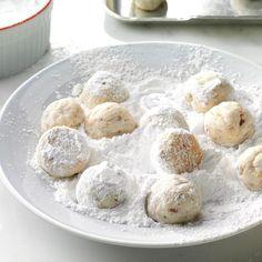 Best Christmas Cookie Recipe, Best Christmas Recipes, Christmas Desserts, Holiday Cookies, Christmas Treats, Cookie Desserts, Just Desserts, Cookie Recipes, Dessert Recipes