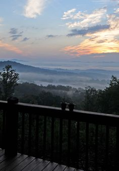 Blue Ridge Georgia Vacation Rental. Mountain Top Cabin Rentals,where upscale meets down to earth. Some people are lucky enough to find a place that captures their soul, now you are that lucky person! Come to the Blue Ridge Mountains and stay in one of our gorgeous cabins rentals and we will help you remember the simple pleasures of life.