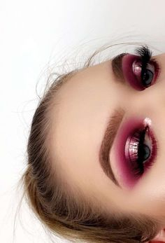 Metallic pink halo eyeshadow