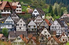 Schiltach is a town in the district of Rottweil in BadenWrttemberg Germany It is situated in the eastern Black Forest on the river Kinzig south o Cities, World Quotes, Belle Villa, Far Away, Travel Pictures, Travel Destinations, Places To Go, Beautiful Places, Germany