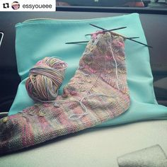 Another beautiful Test Knit by @essyoueee of my soon-to-be-released sock pattern.  I am sooo lucky - I always get the most awesome Test knitters  #Repost @essyoueee with @repostapp  Road trip ready. . #knittersofinstagram #danagervaisdesigns #testknit #ravelry