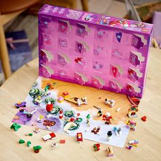 Advent For Kids, Christmas Presents For Kids, Gifts For Kids, Cool Advent Calendars, Toy Workshop, Christmas Countdown Calendar, Lego Friends, Christmas Characters, Creative Play