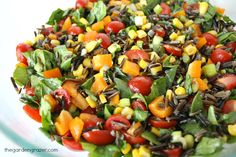 Easy vegan recipes with healthy ingredients. Lover of colorful food!