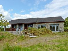 Rock Lodge - Delightful chalet-style, detached cottage in rural hamlet 1 mile from Kenmare, County Kerry. Ring of Kerry within easy reach. Chalet Style, Cottage, House Styles, Home, Houses, Cottages, Ad Home, Homes, Cabin
