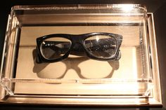 A pair of Buddy Holly's glasses on display at Hard Rock i New York City.