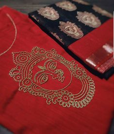Embroidery Neck Designs, Embroidery Suits Design, Embroidery Works, Embroidery Motifs, Embroidery Patterns Free, Embroidery Dress, Beaded Embroidery, Patch Work Blouse Designs, Maggam Work Designs
