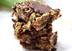 Nyttiga snacks – recept   Mitt kök Healthy Breakfast Snacks, Granola Bars, Healthy Baking, Raw Food Recipes, Afternoon Tea, Bakery, Sweet Treats, Food And Drink, Tasty