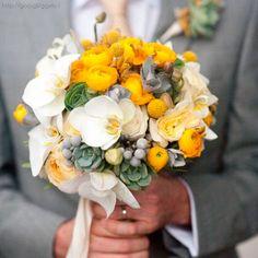 Detalle en traje para novio combinación color #Freesia  #Groom #Wedding #YUCATANLOVE