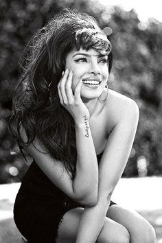Priyanka Chopra Profile Pictures - Bollywood Actress Guess Model (Vogue.com UK)