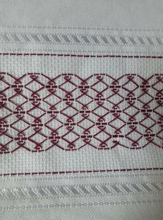 Swedish Embroidery, Japanese Embroidery, Diy Embroidery, Embroidery Designs, Bead Loom Patterns, Crochet Patterns, Huck Towels, Swedish Weaving Patterns, Monks Cloth