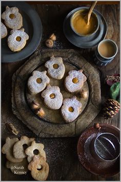 """Spiced Linzer Cookies with Dulce de Leche filling """"A Thyme to cherish and rejoice...with my Soulsister!"""""""