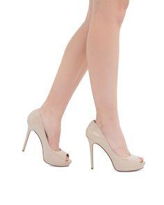 Maxina - Glossy patent peep toe platform.
