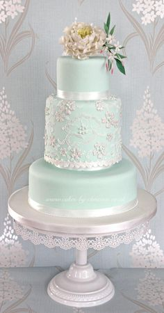 Mint peony and lace wedding cake design (Wedding Cake Lace) Candybar Wedding, Mint Wedding Cake, Wedding Mint Green, Beautiful Wedding Cakes, Gorgeous Cakes, Lace Wedding, Spring Wedding, Wedding Flowers, Wedding Table