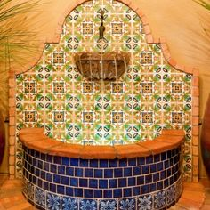 Decorating with Mexican Talavera Tile Outdoor Wall Fountains, Water Fountains, Mexican Courtyard, Spanish Style Decor, Mexican Home Decor, Pool Fountain, Patio Wall, Mexican Designs, Mosaic Garden