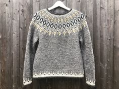 Ravelry: Project Gallery for Telja pattern by Jennifer Steingass Fair Isle Knitting Patterns, Fair Isle Pattern, Sweater Knitting Patterns, Knit Patterns, Punto Fair Isle, Icelandic Sweaters, Nordic Sweater, I Cord, Knit In The Round