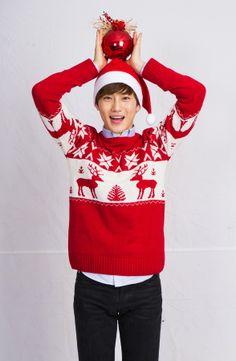 "Suho ♡ EXO // ""Saving Santa"" Suho Exo, Exo Kai, Saving Santa, Kim Joon Myeon, Exo Members, My One And Only, Korean Artist, Ulzzang Boy, Christmas Sweaters"