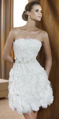 Vestidos cortos para novias | Preparar tu boda es facilisimo.com