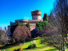 Volterra | Itália _ para perder-se entre ruínas etruscas.
