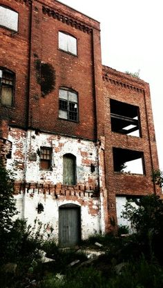 Abandon builing Owosso Michigan
