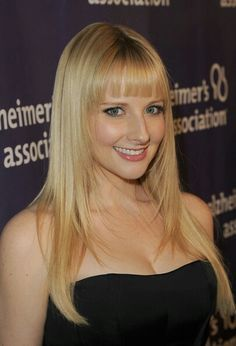 How Melissa Rauch Created Her Own Melissa Rauch, Big Bang Theory Actress, Lady Gaga Pictures, Hottest Female Celebrities, Flawless Beauty, Jessica Chastain, Christina Hendricks, Woman Crush, Woman Face