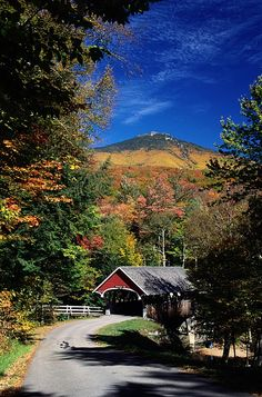 White Mountains and covered bridge, New Hampshire; photo by Richard Nowitz