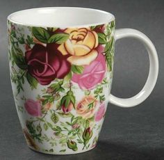Royal Albert - Royal Albert Country Rose Chintz Mug - Large Roses, Chintz Tea Rose Garden, Rose Tea, Roses Garden, Tea Roses, English Country Style, Country Rose, Fine China Dinnerware, Painted Coffee Mugs, Pretty Mugs