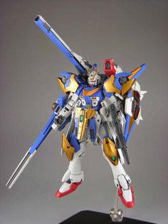 GUNDAM GUY: RC Berg & studio RECKLESS: 1/144 V2 Assault Buster (Garage Kit) - To Be Re-Sale @ C3 x Hobby 2014 (Japan)