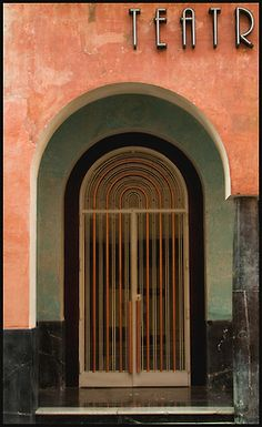 neezieneezie:  Teatro Cordoba by Bruce Poole on Flickr.  Teatro Góngora, Córdoba