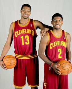 Kyrie Irving and Tristan Thompson Cleveland Cavs, Damian Lillard, Tristan Thompson, Nba Stars, Kyrie Irving, Team Player, World Of Sports, Basketball Teams, Hello Gorgeous