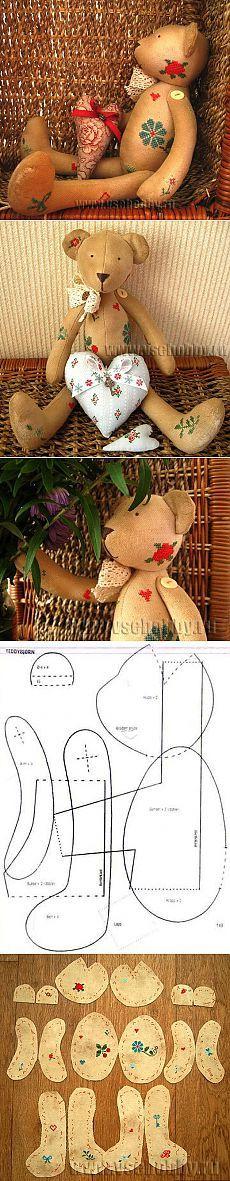 Винтажный мишка с вышивкой крестиком