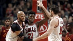 Watch former Bulls Jimmy Butler, Joakim Noah ball with DwyaneWade