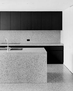 Kitchen design in Terrazzo, Schoten Interior Design Kitchen, Modern Interior Design, Interior Architecture, Kitchen Decor, Kitchen Layout, Kitchen Walls, Eclectic Design, Rustic Kitchen, Interior Ideas