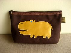 unique animal pouch by Aging Inc.