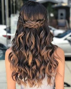 40 Pretty Prom Hairstyle Ideas for Curly Long Hair Hair with Curls Look Sensual . 40 Pretty Prom Hairstyle Ideas For Curly Long Hair Hairs with curls look sensual. People who have soft hair curls can be done but people who have natural curls , Natural Curls, Natural Hair Styles, Short Hair Styles, Updo Styles, Soft Curls, Twist Styles, Long To Short Hair, Long Curly Hair, Updo Curly