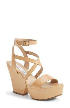 Persnickety Peaches // Spring Essentials Diane von Furstenberg Lamille Wedge Sandals