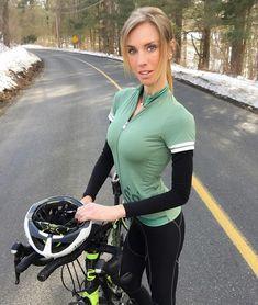 いいね!1,139件、コメント7件 ― Venus Bikesさん(@venusbikes)のInstagramアカウント: 「Today's Venus @maryywilke! #VenusBikes #2017 #CyclingPics」