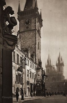 Karel Plicka shot fine monochrome photographs of Prague from the and documented a dark and mysterious Prague, a gothic and baroque Praha which. Prague Czech Republic, Famous Photographers, Gotham City, Old World, Vintage Photos, The Good Place, Art Photography, Scenery, Black And White