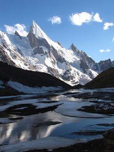 Gondogoro La Trek in the Karakorams - Pakistan