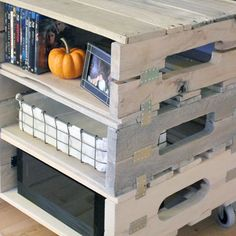entertainment center from pallets