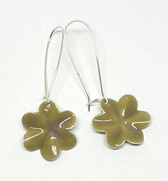 Sterling Silver Olive Purple Enamel Flower Earrings by PrayerMonkey on Etsy