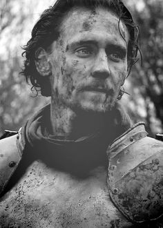 Tom Hiddleston--Henry V? No! Alternate Universe Faramir at the fall of Osgiliath, the one where the ring does NOT go to Gondor. #stillpissed