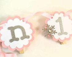 Princess Photo Banner in pink and gold. First Birthday Garland. Custom Colors Princess Photo Banner in pink and gold. Birthday Picture Banner, Birthday Garland, First Birthday Pictures, Photo Banner, Princess Photo, Little Princess, Pink Princess, 12 Month Pictures, Princess Pictures