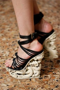 SHOES Emilio Pucci Black leather wedge shoes with carved Asian Dragon design heel Images from Vogue Italia GoRunway 3626 |Black Heels|