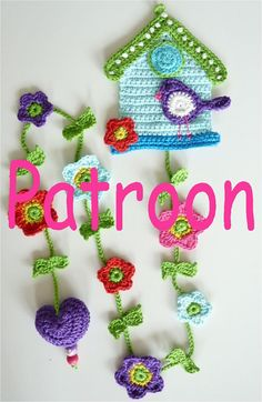 Crochet Pattern for Birdhouse UK Terminology Instand Crochet Birds, Crochet Bear, Crochet Flowers, Crochet Toys, Crochet Bookmarks, Crochet Decoration, Pin Cushions, Bird Houses, Crochet Projects