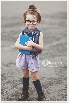 can this be my child on her first day of school... omg . yuuuus