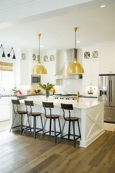 White Kitchen Cabinet Cabinet Details All cabinets are Maple hardwood, Shaker style cope and stick door fronts, Cove crown Kitchen cabinet
